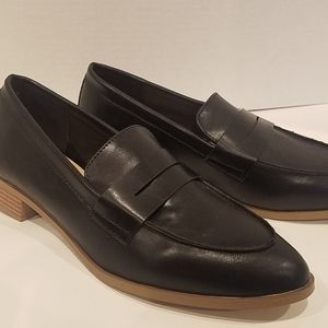 NWOT Just  Fab women's  loafers Size 8,5